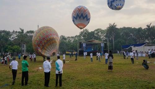 Foto Balon Udara Liar Masih Jadi Momok Keselamatan Penerbangan