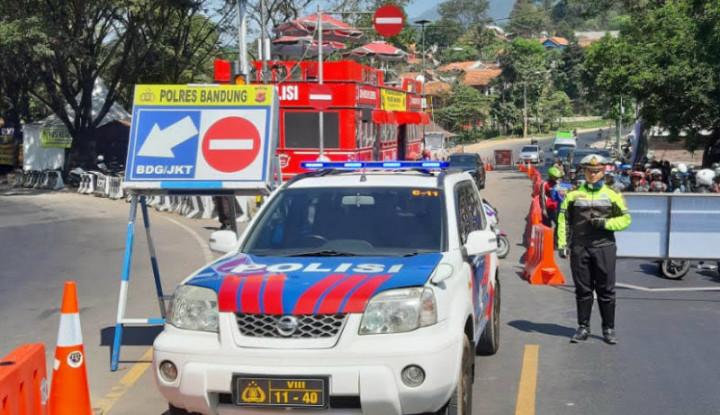 Berikut Titik Penumpukan Kendaraan di Jalur Nagreg - Warta Ekonomi