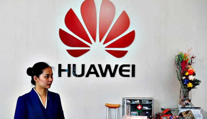 Rilis 2 Kali Ditunda, Ada Apa dengan Ponsel Lipat Huawei Mate X? - Warta Ekonomi