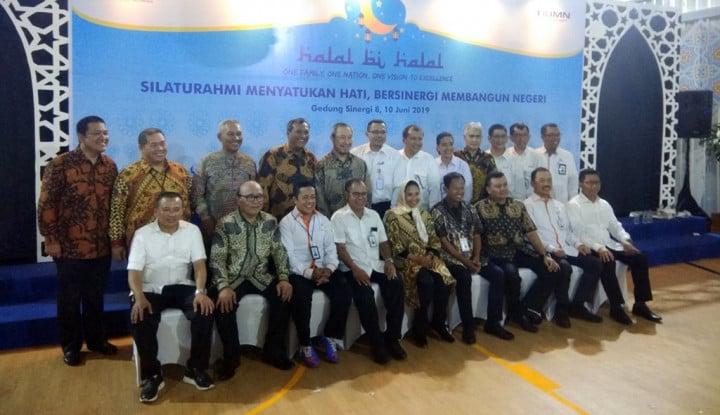 Hari Pertama Kerja, Puluhan Direksi BUMN Sambangi Kantor Menteri Rini - Warta Ekonomi