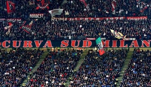 Foto Laga AC Milan vs Juventus Berpotensi Pecahkan Rekor Penonton