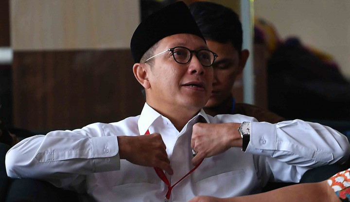 Menag Bawa-Bawa Jokowi Lantik Pejabat Penyuap Rommy - Warta Ekonomi