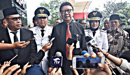 Foto Saksi Prabowo Sebu 17,5 Juta DPT Invalid, Mendagri Bilang...