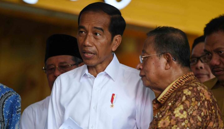 Ditanya Soal Sidang Sengketa Pilpres di MK, Jokowi Cuma... - Warta Ekonomi