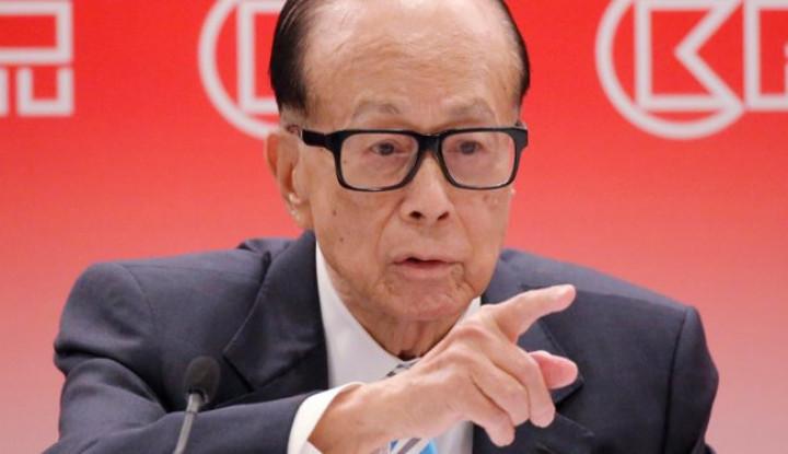 Mohon Perdamaian, Orang Terkaya Hong Kong Tulis Puisi - Warta Ekonomi