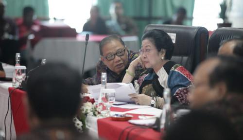 Foto Bertemu 4 Mata, Mega Mau Bagi-Bagi Kursi ke Prabowo?