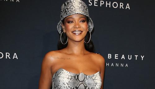 Rihanna Digeruduk Umat Hindu, Gara-Gara....