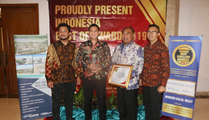 ModernCikande Raih Penghargaan Indonesia Best of Award 2019 - Warta Ekonomi