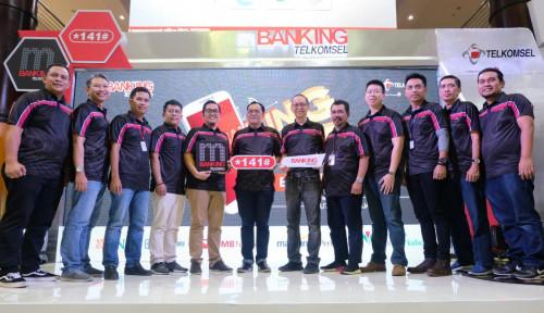 Foto Telkomsel Gelar Expo Mudahkan Transaksi Perbankan Lewat SMS Banking dan UMB
