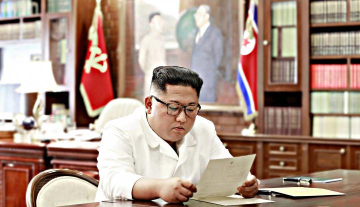 Tetangganya Dirundung Wabah, Kim Jong-un Kirim Surah Hiburan buat Rakyat Korsel