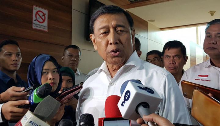 Wiranto: Kok Tanya Saya Sih, Itu Tanya ke Presiden - Warta Ekonomi