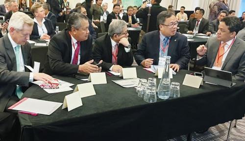 Foto Gubernur BI Tawarkan 4 Sektor Menggiurkan untuk Investor Global di Forum Internasional