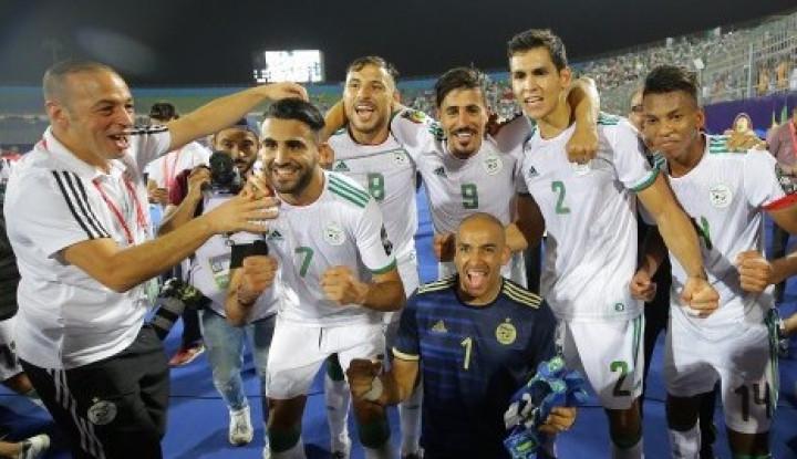 Aljazair Kalahkan Guinea 3-0, Lolos ke 8 Besar - Warta Ekonomi