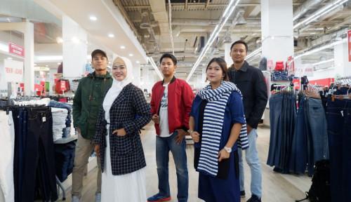 Foto Bidik Pasar Milenial, Mangga Dua Square Suguhkan Fashion Branded Murah