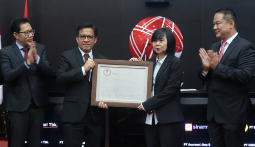 Foto Fuji Finance Masuk Bursa, Sahamnya Laris Manis