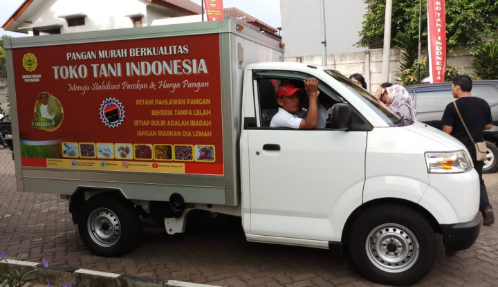 Toko Tani Indonesia Jual Cabai dengan Harga Miring - Warta Ekonomi