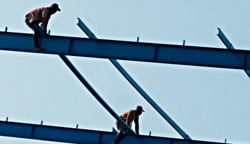 Foto Swasta Dikasih 'Mainan' Infrastruktur oleh Jokowi, ini Kata Kadin