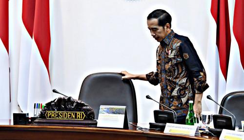Foto Jokowi Harus Bongkar Tim Ekonominya, Atau Terancam...
