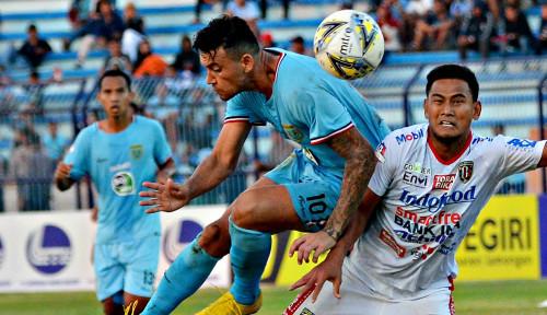 Foto Persela Lamongan Kalahkan Bali United 2-0