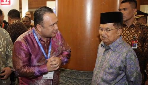 Foto Prabowo Merapat ke Jokowi, JK Kurang Sreg?
