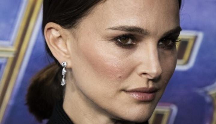Natalie Portman Kembali Main di Sekuel Film Thor - Warta Ekonomi