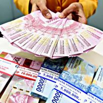Ahh! Dolar AS dan Global Bikin Rupiah Anjlok Parah!