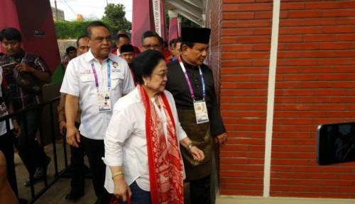 Foto Prabowo Kangen Masakan Megawati