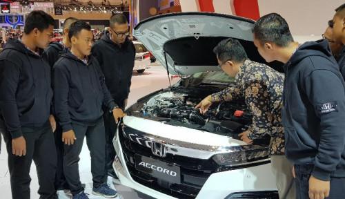 Foto Honda Perkenalkan Teknologi Mesin Kendaraan ke 55 Pelajar SMK