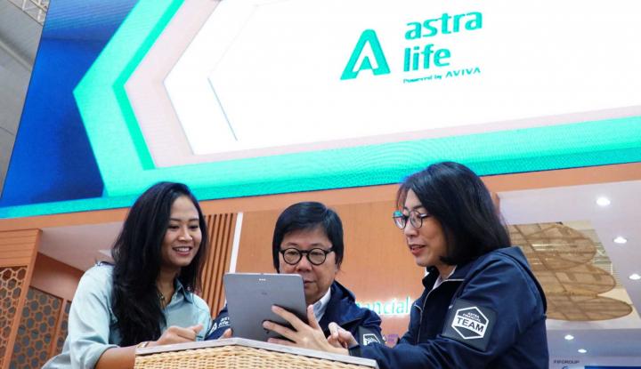 Astra Life Donasikan 60 Ribu Masker, APD, dan Sembako