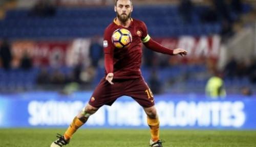 Foto Ketika AS Roma Kembali Lepas Pemain Legenda