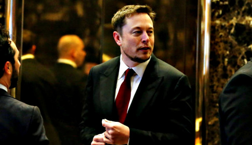 Foto Tesla Kecelakaan, Elon Musk Pasrah Turun Peringkat dari Daftar Orang Terkaya Dunia