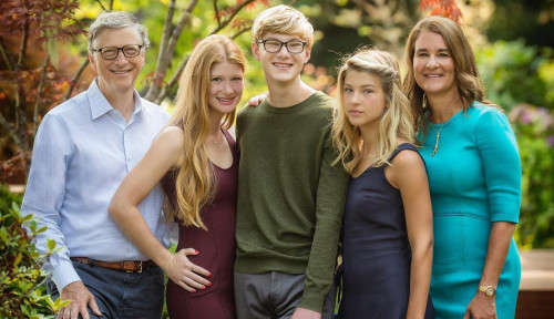 Foto Sejalan dengan Bill Gates, Orang Kaya Ini Ogah Wariskan Harta ke Anak-Anaknya