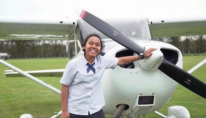 Keren! 2 Perempuan Ini Jadi Pilot Pertama Garuda Asal Papua - Warta Ekonomi