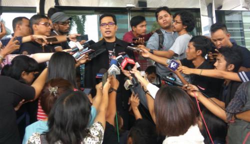 Foto KPK Geledah Rumah Sekda Jabar di Cimahi