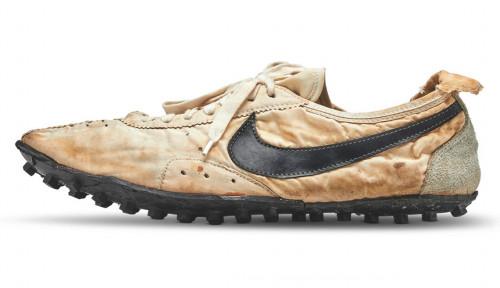 Super Butut! Sepatu Nike Laku Rp1,6 Miliar, Ini Keistimewaannya
