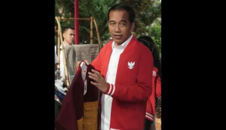 Mengintip Gaya Kasual Presiden Jokowi saat Kunker - Warta Ekonomi