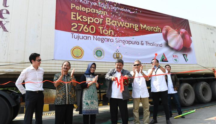 Kementan Lepas Ekspor 2.760 Ton Bawang Merah ke Singapura dan Thailand