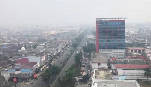 Foto Jakarta Polusi Udara, Palangka Raya Kena Kabut Asap
