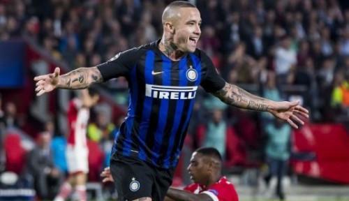 Foto Radja Nainggolan Janji Kasih Pelajaran ke Inter Milan