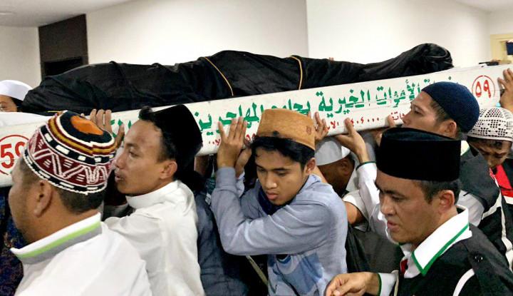 Keluarga: Mbah Moen Ingin Meninggal dan Dimakamkan di Mekkah - Warta Ekonomi