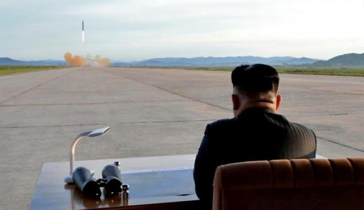 Rudal Militer Kim Jong-un Sasar Laut Jepang - Warta Ekonomi