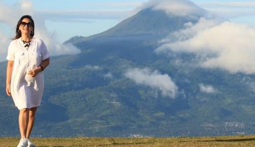 Foto Ketika Memes Terpukau dengan Keindahan Gunung Klabat Manado