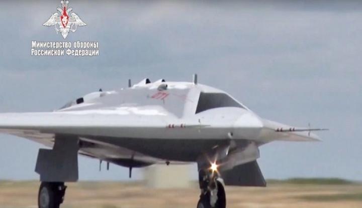 Bomber Rusia Bersenjatakan Nuklir 'Parkir' di Alaska - Warta Ekonomi