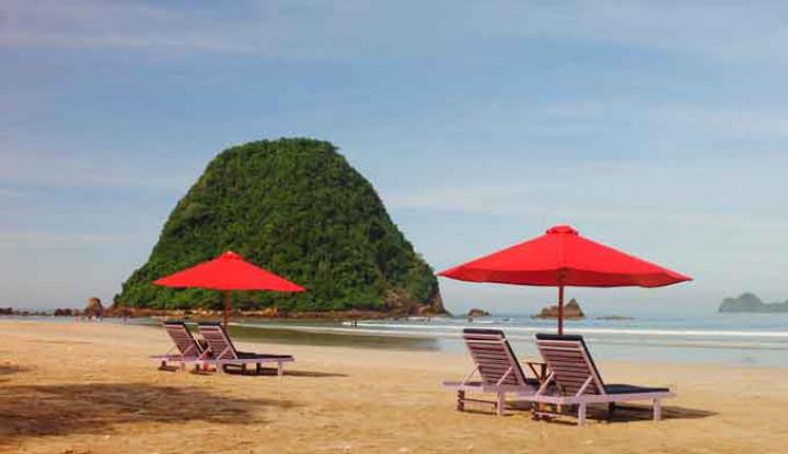 Tiga BUMN Sinergi Kembangkan Pariwisata Pantai Pulau Merah Banyuwangi - Warta Ekonomi