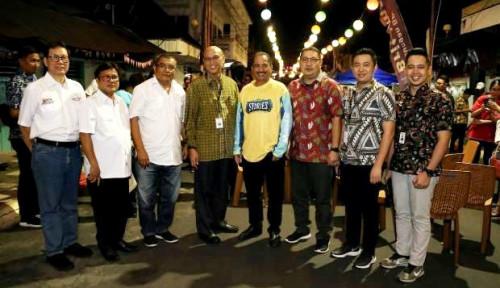 Foto Kunjungi TIFF 2019, Menpar Cicipi Kuliner di Streetfood