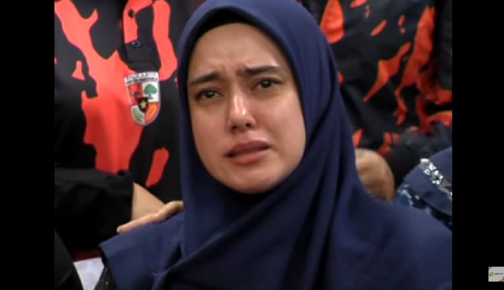 Dibully 'Ikan Asin' di Sekolah, Anak Fairuz A Rafiq Menangis - Warta Ekonomi