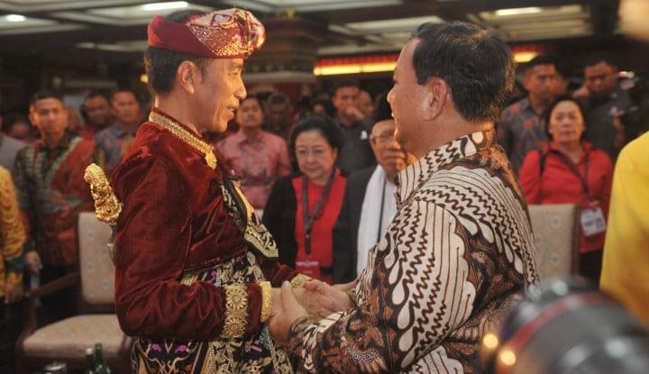 Soal Menteri, Prabowo Tunggu Kode-Kode Jokowi - Warta Ekonomi