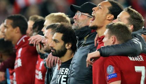 Foto Tantang Chelsea, Liverpool Gak Bawa Stiker Ini