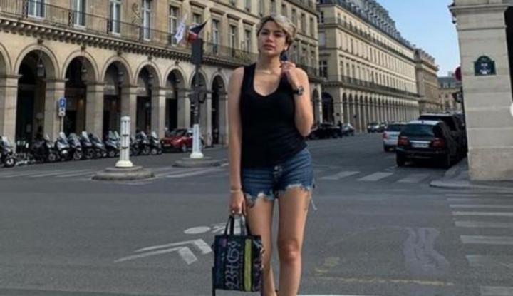 Tampil Berbalut Bikini Hitam, 3 Tato Nikita Mirzani Jadi Sorotan - Warta Ekonomi