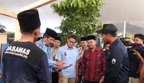 Foto Sandi Komentari Pemindahan Ibu Kota, Eks Jubir Jokowi: Ngapain Sih Kurang Kerjaan